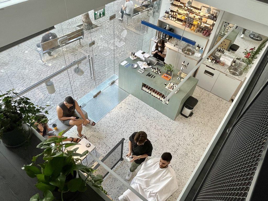 top view of Grooman barbershop