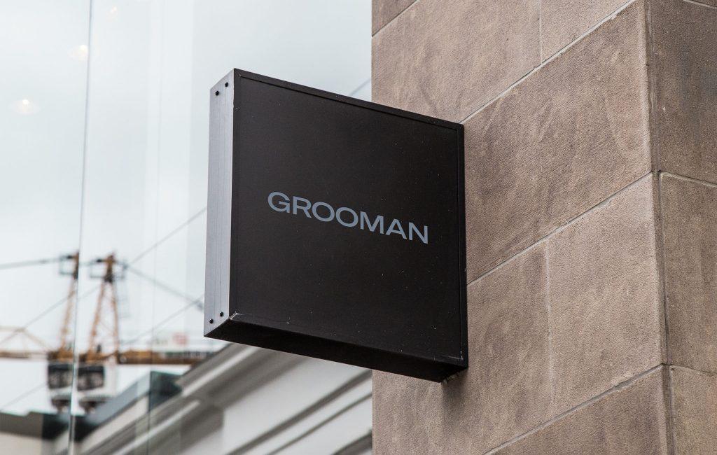 Grooman sign